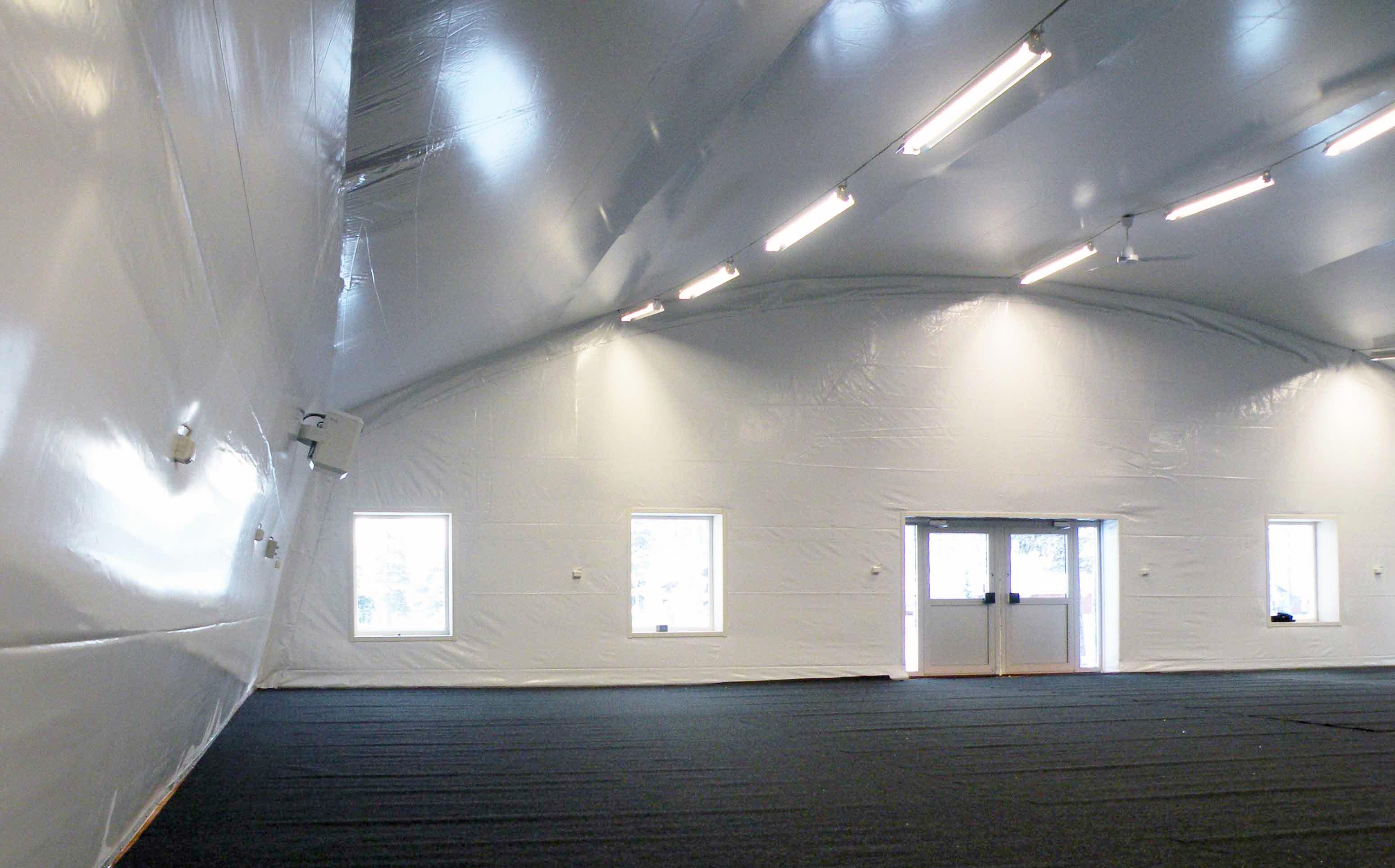 Isolerade tälthallar & tält | Hallgruppen