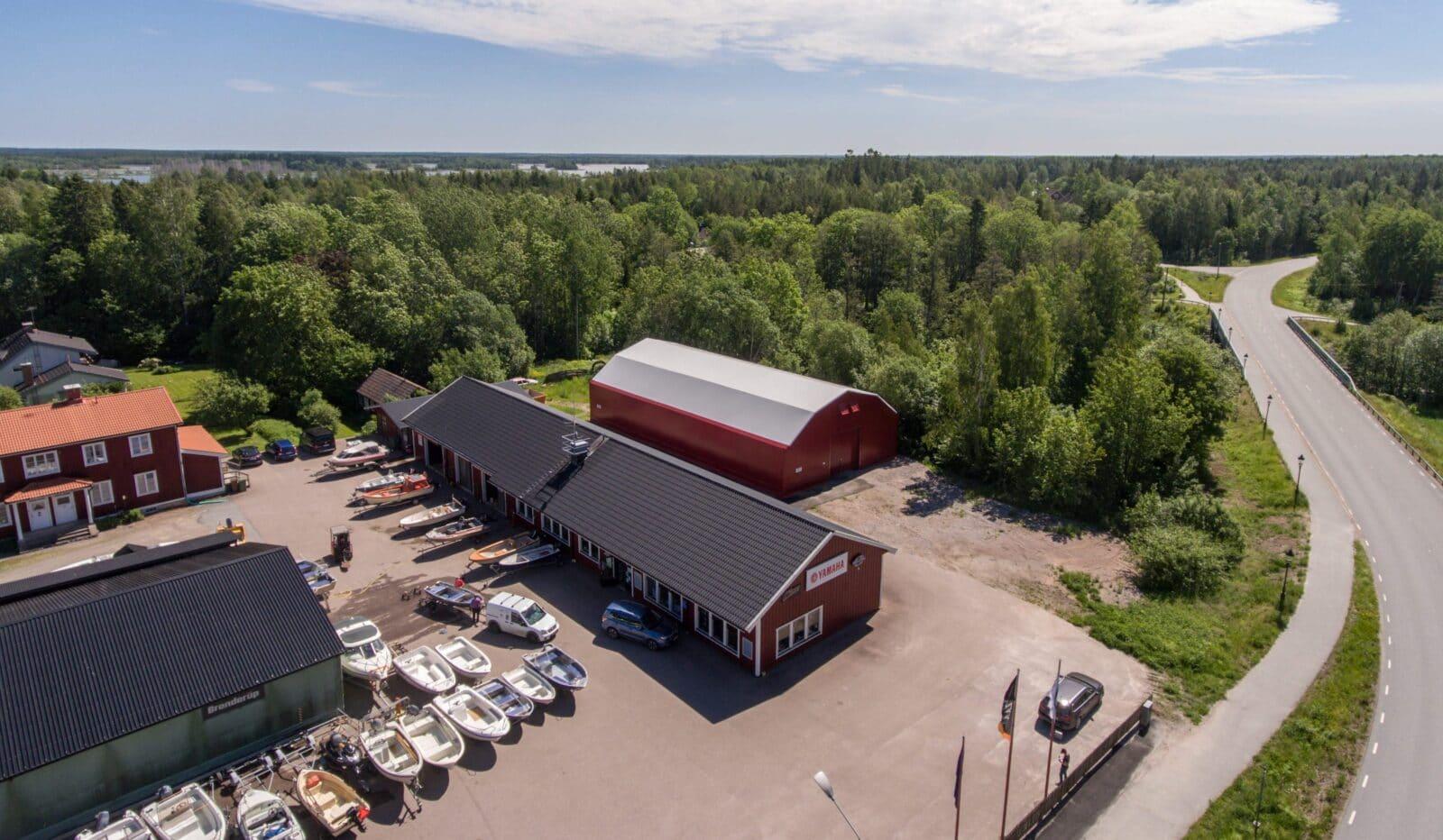 Hall till båtförvaring hos Karlholms Båt & Motor