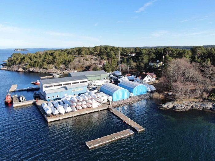 Båtvarvet Korsholmsvarvet löste båtförvaring åt sina kunder med två hallar 10x15x4 meter